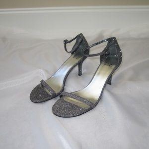 NWOT Stuart Weitzman Silver Noir Nudist heel, 9